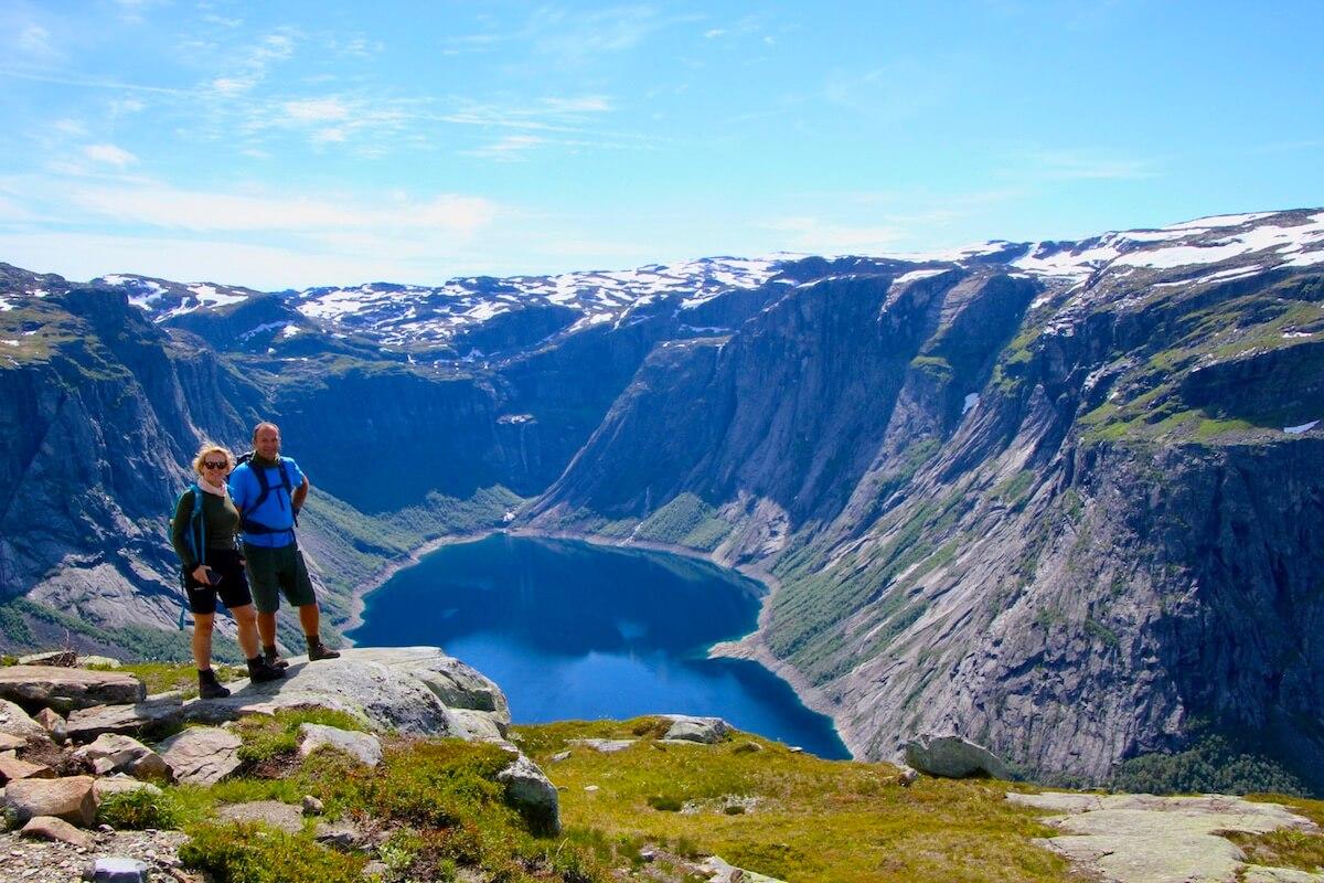 Tina and Olav -Ringedalsvatnet